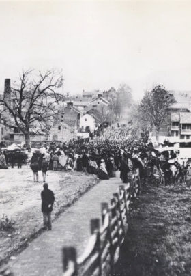 Old black and white photograph of Gettysburg during the Civil War